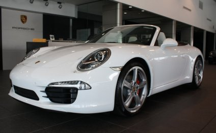 Lease a New Porsche 911 in