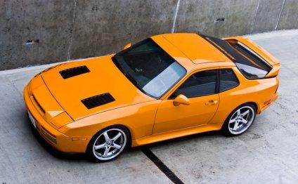Tuned Porsche 944 (via