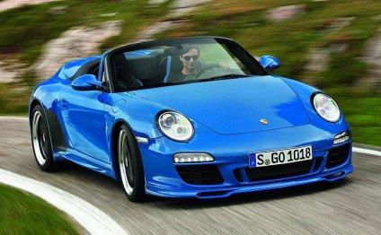 Porsche 911 buyers flock to
