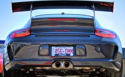 Porsche 911 GT3 RS vs